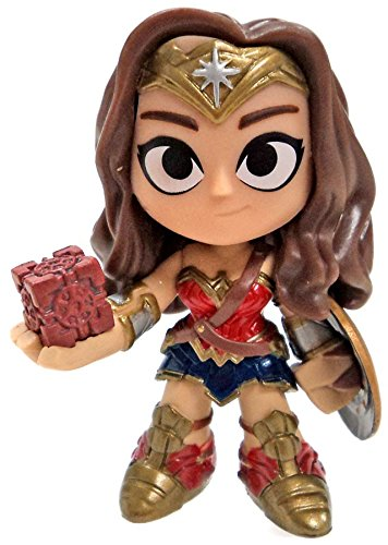 Mystery Minis Justice League Wonder Woman w/ Mother Box