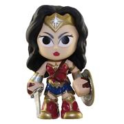 Mystery Minis Batman v Superman Wonder Woman (Sword & Shield)