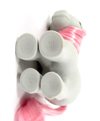 My Little Pony Year 01 Snuzzle - Concave Hoof