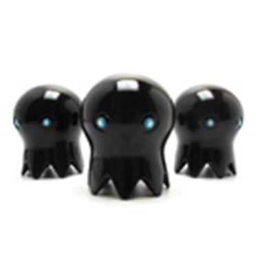 Kid Robot Art Figures Totem Doppelganger: Black