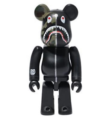 Be@rbrick Bape 1st Camo Shark (Black) 1000%